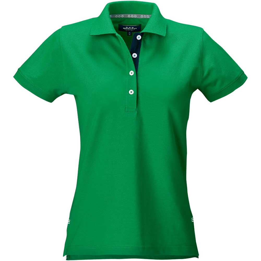 Marion Dampiké bright green