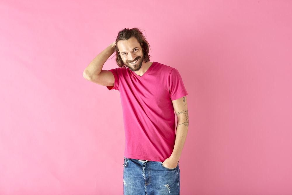 T-Shirt V-Neck Man Cerise